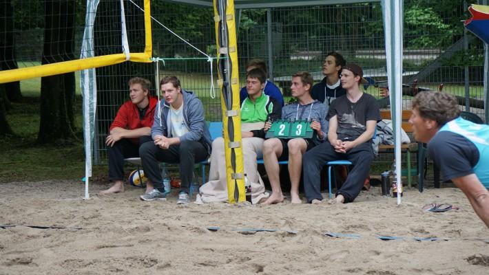 Beachturnier mit Motto von Bundesligateams
