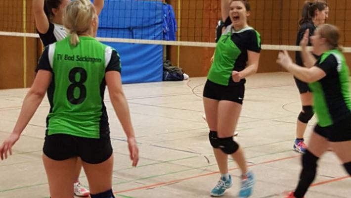 Säckinger Volleyballerinnen gewinnen überraschend gegen Tabellenzweiten TV Waldkirch