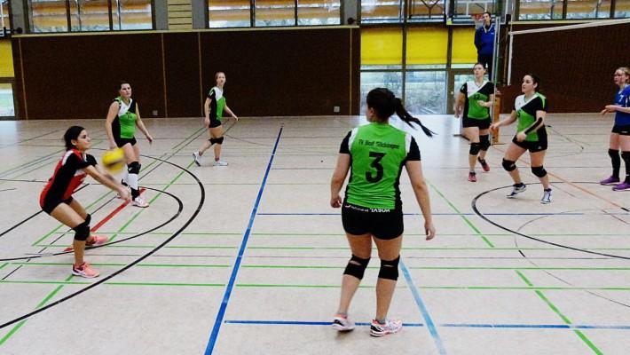 Säckinger Volleyballerinnen erleben zwei 5-Satz-Krimis vor heimischem Publikum